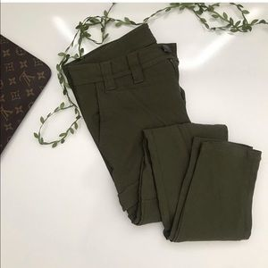 Express classic cargo pants, army green size 6